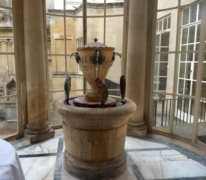 urn-shaped Fountain at the center of Bath's Pump Room